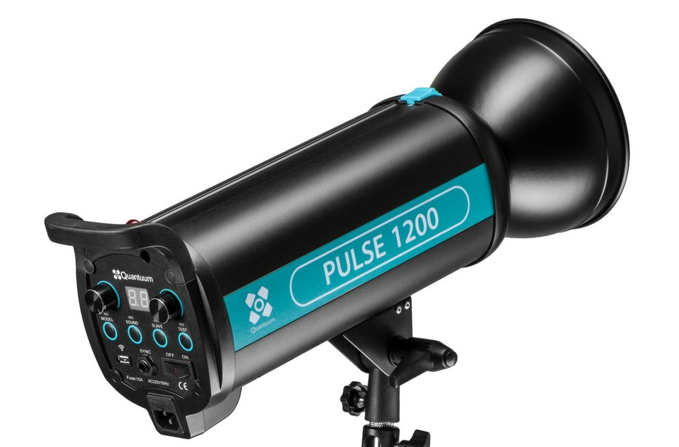 QUANTUUM PULSE 1200W FLASH